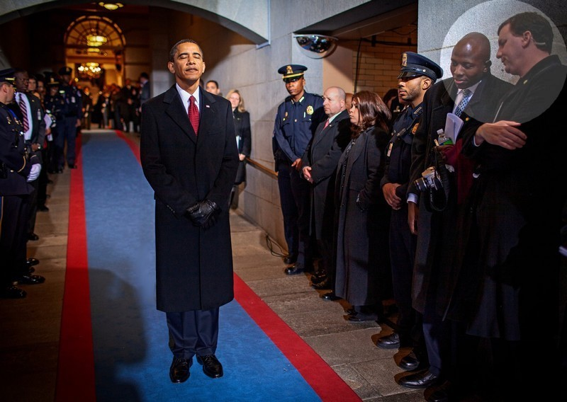 Name:  Obama waits.jpg Views: 48 Size:  99.5 KB