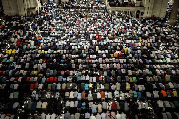 Name:  eid.jpg Views: 70 Size:  129.6 KB